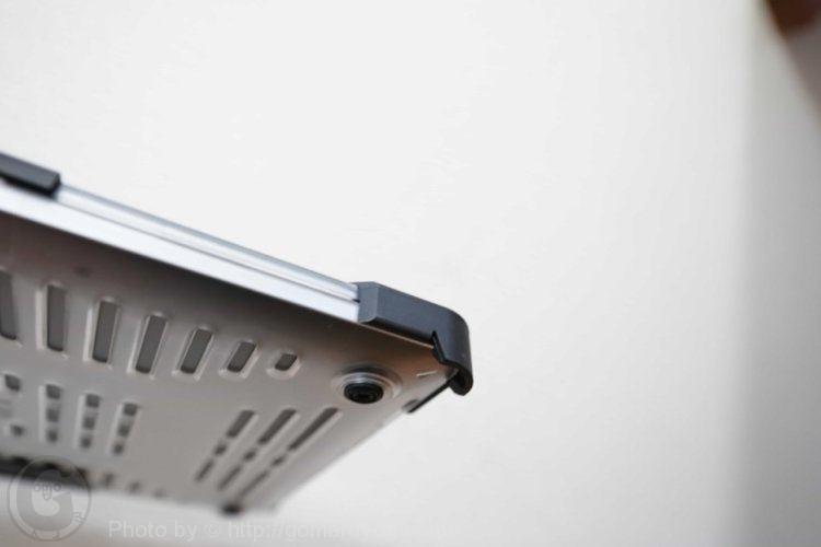 UAG MacBook Pro ケース レビュー